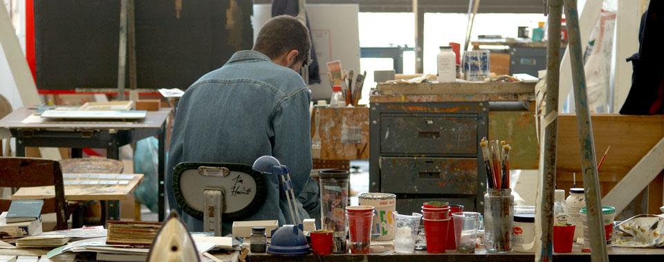 CIA-Paint-Studio